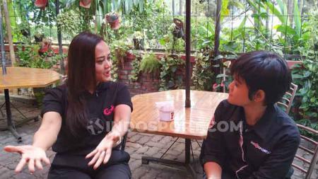Presiden Persijap, Esti Puji Lestari, berbincang soal Liga 1 Putri dengan awak INDOSPORT beberapa waktu lalu. - INDOSPORT