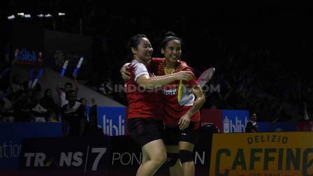 Keceriaan wajah pasangan bulutangkis Indonesia Indonesia Nadya Melati/Tiara Rosalia berhasil kalahkan pasangan Australia. Foto Herry Ibrahim/INDOSPORT