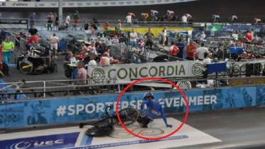 Lorenzo Gobbo alami kecelakaan parah saat tengah bertanding - INDOSPORT