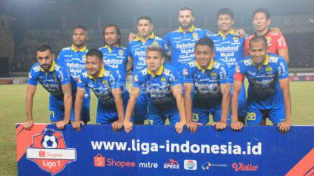 Starting eleven Persib Bandung menghadapi Kalteng Putra dilaga kandang Shopee Liga 1 2019 di Stadion Si Jalak Harupat, Kabupaten Bandung, Selasa (16/07/2019). Foto: Arif Rahman/INDOSPORT - INDOSPORT
