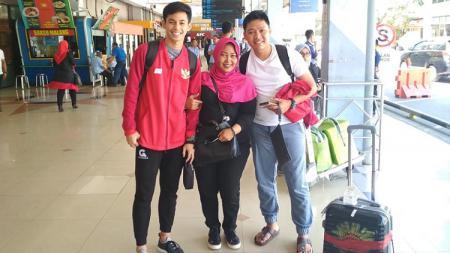Kapten timnas Futsal U-20, Rizki Xavier (kiri), memiliki tips sehat untuk mencegah terjadinya penularan virus corona yang kini telah memasuki Indonesia. - INDOSPORT