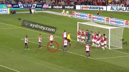 Pemain Inter Zapresic, Steven Lustica yang menjadi incaran Persib Bandung ternyata pernah membuat gol tak biasa ke gawang raksasa Liga Inggris, Arsenal. - INDOSPORT