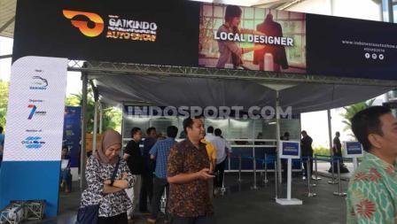 Acara Gaikindo Indonesia Internasional Auto Show (GIIAS) 2019 ramai dikunjungi pecinta otomotif. Foto: Petrus Manus Da'Yerimon/INDOSPORT