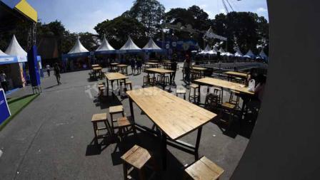 Selain menikmati pertandingan, pengunjung Indonesia Open 2019 juga bisa berwisata kuliner di sekitaran Istora Senayan. Foto: Herry Ibrahim/INDOSPORT