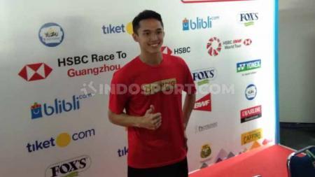 Tunggal putra Indonesia, Jonatan Christie gagal melangkah ke semifinal Indonesia Open 2019. Foto: Zainal Hasan/INDOSPORT - INDOSPORT