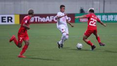 Indosport - Gaji para pemain klub Liga 1, PSM Makassar termasuk Bayu Gatra sepertinya bakal dipangkas oleh pihak manajemen klub menyusul absennya kompetisi karena virus corona.