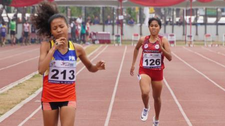 Tim atletik Indonesia berhasil menyumbang tiga medali emas di ajang ASEAN School Games 2019. - INDOSPORT