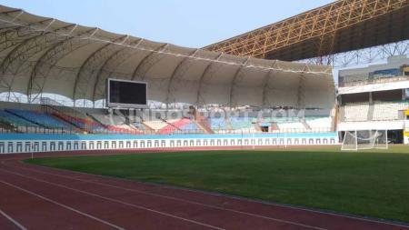 Pemerintah Kabupaten Bekasi, Jawa Barat menindaklanjuti rekomendasi PSSI soal Stadion Wibawa Mukti. - INDOSPORT