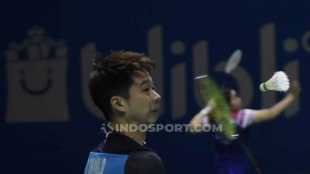 Terdapat aksi mengejutkan yang dilakukan Kevin Sanjaya di babak semifinal Japan Open 2019. - INDOSPORT