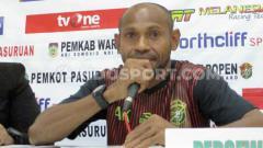 Indosport - Pelatih Persewar, Elie Aiboy.