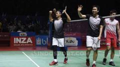 Indosport - Ganda putra antara wakil Indonesia, Mohammad Ahsan/Hendra Setiawan berhasil lolos ke semifinal usai tumbangkan pasangan Jepang di Indonesia Open 2019.