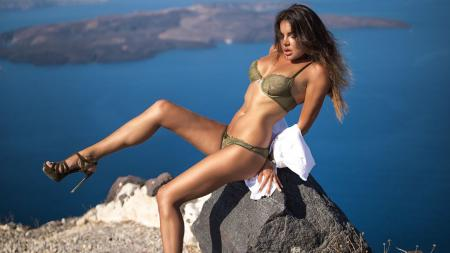 Inessa Tushkanova seorang model seksi majalah Playboy asal Rusia sekaligus pembalap Rally - INDOSPORT
