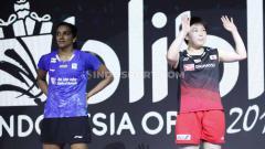 Indosport - Akane Yamaguchi berhasil menjadi juara sektor tunggal putri Indonesia Open 2019 usai mengalahkan tunggal India, P.V. Sindhu pada babak final dengan skor 21-16 dan 21-15 di Istora Senayan, Minggu (21/07/19). Foto: Herry Ibrahim/INDOSPORT