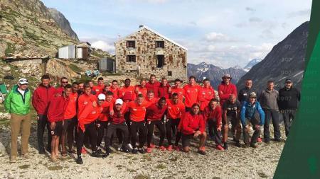 Klub Bundesliga Jerman, FC Augsburg, yang menjalani latihan di tempat ekstrem. - INDOSPORT