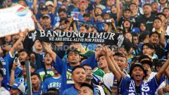 Indosport - Kapten tim Persib Bandung, Supardi Nasir mengajak rekan-rekannya bekerja keras pada laga kandang Shopee Liga 1 2019 menghadapi Arema FC demi Bobotoh.