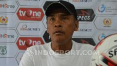 Indosport - Pelatih PSMS Medan, Abdul Rahman Gurning. (Foto: Aldi Aulia Anwar/INDOSPORT)