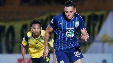 Pemain Persela Lamongan pada laga Liga 1 pertandingan Barito Putera vs Persela Lamongan. Foto: Instagram@perselafc - INDOSPORT