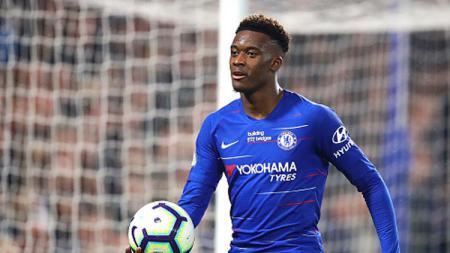 Bintang muda Chelsea, Callum Hudson-Odoi, mendesak manajemen klub mengizinkannya pergi sebagai pemain pinjaman, dengan Bayern Munchen menjadi peminat utama. - INDOSPORT
