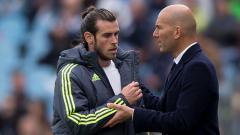 Indosport - Zinedine Zidane mengecam media yang mengadu domba dirinya dengan Gareth Bale terus menerus