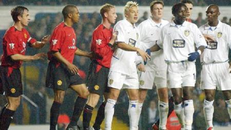 Pertandingan Man United  vs Leeds United di awal 2000-an. - INDOSPORT