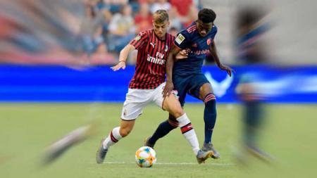 Daniel Maldini untuk pertama kalinya masuk kedalam skuat utama AC Milan jelang menghadapi Napoli di San Siro - INDOSPORT