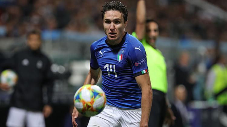 Federico Chiesa, pemain Fiorentina sekaligus Timnas Italia Copyright: Emmanuele Ciancaglini/NurPhoto via Getty Images