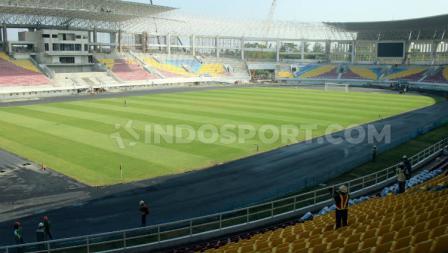 Penampakan Stadion Manahan Solo yang hampir selesai.