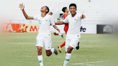 Laga pertandingan antara Vietnam U-15 vs Indonesia U-15 Piala AFF U-15 di Thailand, Sabtu (27/07/19). Foto: twitter@PSSI - INDOSPORT