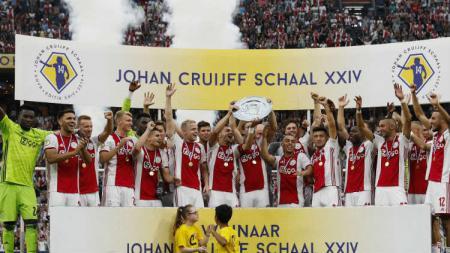 Ajax Amsterdam Juara Piala Super Belanda setelah mengalahkan PSV 2-0. - INDOSPORT