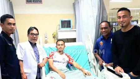 Striker Sriwijaya FC Airlangga Sucipto dipastikan bakal absen di partai big match melawan Persiraja Banda Aceh di Stadion Gelora Sriwijaya Jakabaring Palembang, Minggu (28/7/19). - INDOSPORT