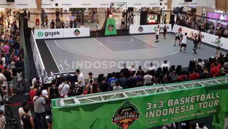 Ramainya penonton yang ingin melihat langsung pertandingan IBL Gojek 3x3 2019 Seri Bandung.