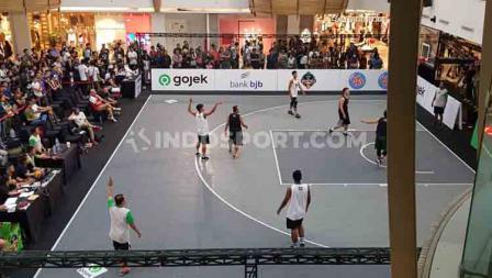 Situasi pertandingan IBL Gojek 3x3 2019 Seri Bandung.