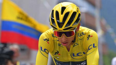 Pembalap Kolombia, Egan Bernal, bisa jadi orang Kolombia pertama yang memenangkan Tour de France. - INDOSPORT