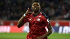 Indosport - Pemain Lille, Rafael Leao, yang kabarnya selangkah lagi gabung AC Milan.