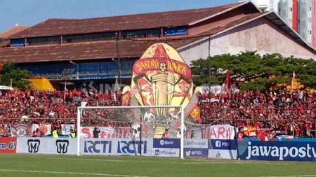 Koreo yang ditampilkan oleh The Macz Man untuk Final leg kedua Piala Indonesia. - INDOSPORT