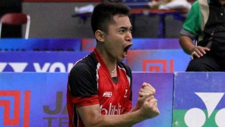 Pebulutangkis junior Indonesia, Leo Rolly Carnando melakukan selebrasi - INDOSPORT