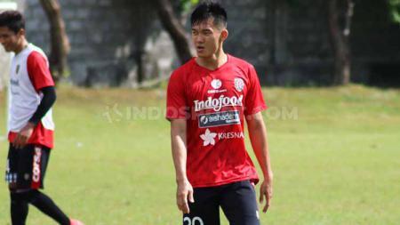 Gelandang Bali United, Sutanto Tan. Foto: Nofik Lukman Hakim/INDOSPORT - INDOSPORT