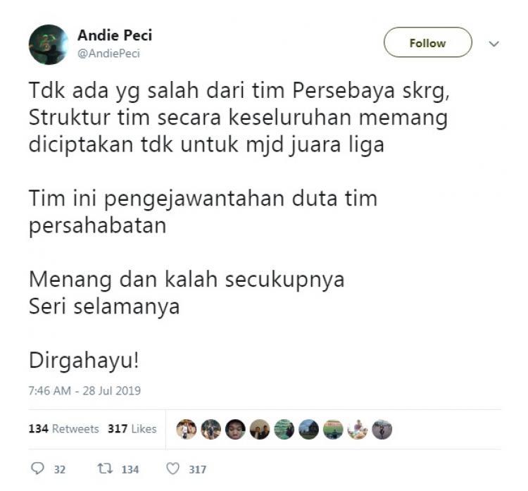 Kicauan Pentolan Bonek Andie Peci soal Persebaya Surabaya di Liga 1 2019. Copyright: Twitter@AndiePeci