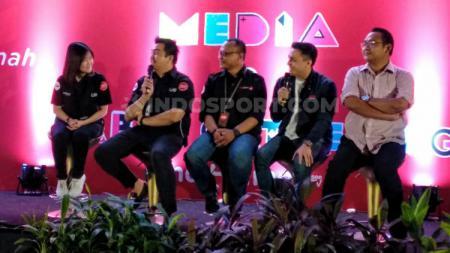 Perwakilan UseeTV dan Liga Indonesia Baru. - INDOSPORT