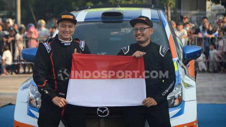Pereli Indonesia, Rihan Variza bersama navigatornya Andi Rendy. - INDOSPORT
