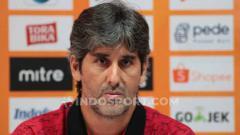 Indosport - Pelatih asal Brasil, Stefano Cugurra Teco, mengalami pergeseran pemain asing selama berkarier di Indonesia.