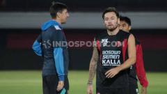 Indosport - Persib Bandung kembali dikaitkan ke Saddil Ramdani dan Persija Jakarta mendatangkan Marc Klok, mewarnai rumor bursa transfer Liga 1 2020 hari ini.