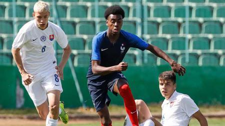Isaac Lihadji, bintang muda Prancis yang jadi incaran Manchester United dan Barcelona. - INDOSPORT