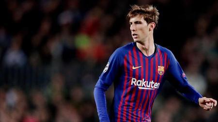 Juan Miranda, bek tengah Barcelona dikabarkan akan diboyong Juventus. - INDOSPORT