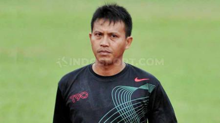 Agung Setyabudi, pemain legendaris asal Kota Solo. Foto: Ronald Seger Prabowo/INDOSPORT - INDOSPORT