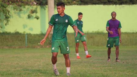 Firza Andika saat masih bersama PSMS Medan. - INDOSPORT