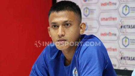 Bek Sulut United, I Nyoman Adi Parwa. Foto: Nofik Lukman Hakim/INDOSPORT - INDOSPORT