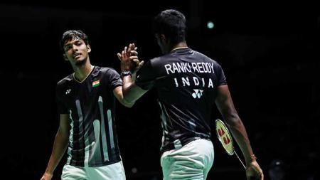 Pasangan India, Satwiksairaj Rankireddy/Chirag Shetty dalam ajang Japan Open 2019 di Chofu, Jepang. Shi Tang/Getty Images - INDOSPORT