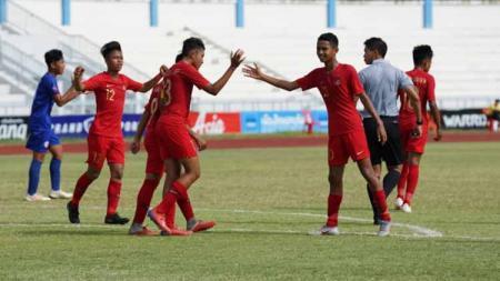 Aksi selebrasi pemain Timnas Indonesia U-15. - INDOSPORT