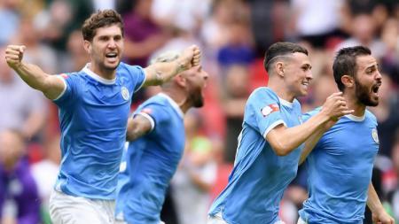 Selebrasi pemain Manchester City usai pastikan gelar Community Shield 2019/20, Minggu (04/08/19) - INDOSPORT